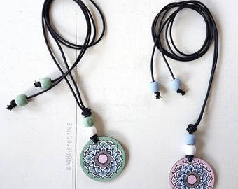 Necklace with handpainted wooden pendant, green/blue/pink or pink/blue | MBGcreative