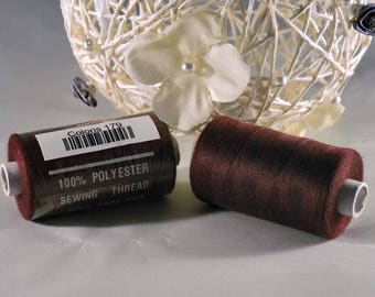 Spool of thread sewing 100% polyester each containing 1000 yards (approx. 914 m) / 179 Plum