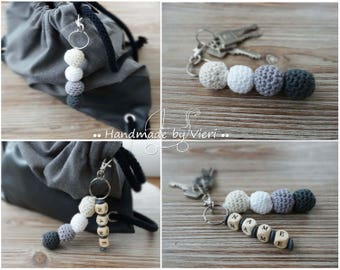 Key fob, bag pendant with/without name, crochet