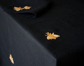 BEE Napkins Wedding BLACK  napkins Linen Natural Napkins Monogrammed Housewarming Specia Table decor Home decor Washed Eco linen Custom