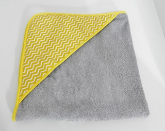Hooded towel gray and yellow