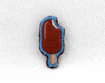 Ice cream Hand Embroidered Pin ~ Ice cream Hand Embroidered Patch ~ Ice cream Hand Embroidered Brooch ~ Embroidered Accessory