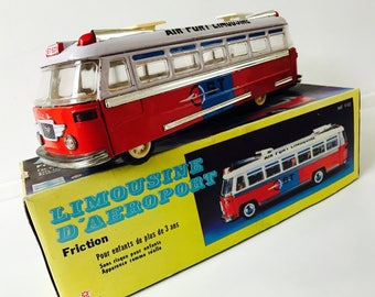 ST-529 Vintage Tin Friction Airport Limousine MF-910 in original box. Shanghai Toys. Really rare item! Blikken speelgoed. Chinees.