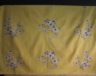 Vintage Yellow Dogwood Tablecloth, Weil and Durrse Tablecloths, Vintage Tablecloths, Wilendur Yellow Dogwood Tablecloth