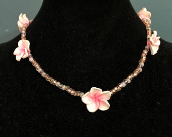 Flower, beaded, pink necklace