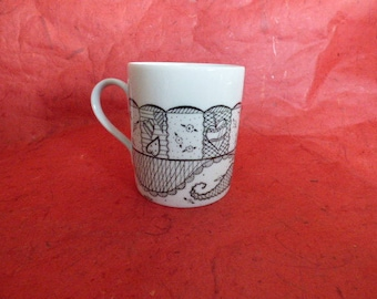 "White porcelain mug handpainted ""lace and FishNet"""