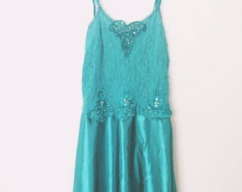 Cinema Etoile Vintage and Glamorous Lace Stretch Teal Nightgown Lingerie