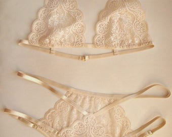 Bridal lingerie set Honeymoon lingerie Lace lingerie set Nude lingerie Lingerie set golden Lingerie sexy set Sheer lingerie Strappy lingerie