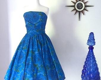 1950s blue floral taffeta strapless prom ball dress, bubble skirt