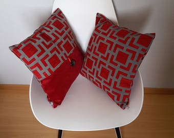 Cushion cover with geometric patterns in red and grey velvet