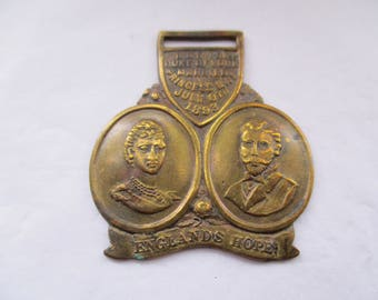 Royal Wedding Medallion to commemorate the marriage of George V to Queen Mary on 6th July 1893, royal memorabilia,