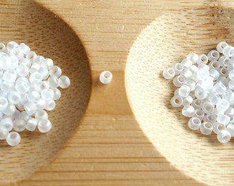 TOHO!  5 grams, beads Toho 2 mm