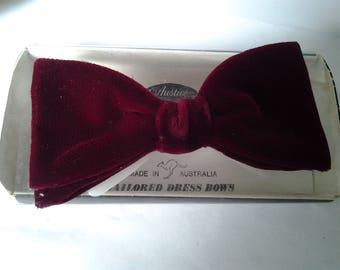 Vintage Velvet Bow Tie - Australian made