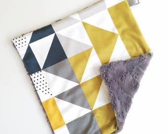 Modern Geometric Lovey, Baby Boy Lovey, Geometric Print, Minky Baby Blanket, Minky Baby Lovey, Modern Baby Blanket, Minky Baby Boy Lovey