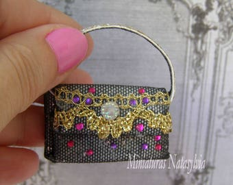 Party bag, haute couture, in black ad gold. Scale 1:12. Hadmade. Perfect for your Dollhouse