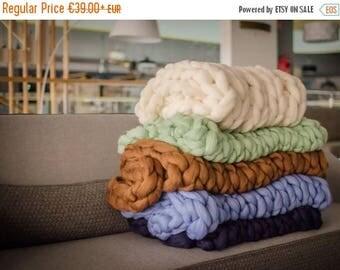 SALE Chunky Knit Blanket, Chunky blanket, Giant merino wool yarn super Arm knitting handmade,Throw, Blanket, Afghan, birthday, Giant blanket
