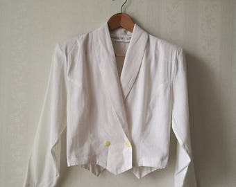 SUMMER SALE White cropped 1980's blazer / Double-breasted white vintage blazer / cropped 80's jacket