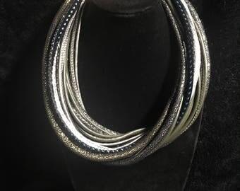 Grayish silver tone neck choker