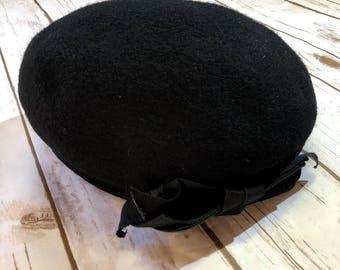 Vintage Black Beret, 60s Wool Beret Hat, Glenover Black Beret Union Made Hat, Made in USA, Black Ribbon Brim Detail 100% Wool 60s Hat, 1960s