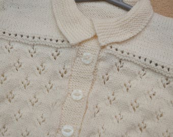 Cream pattern knit cardgan with collar