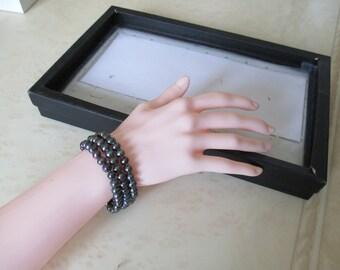 Bracelet hematite beads