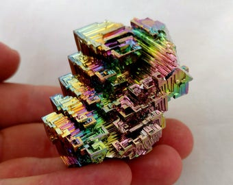 Rainbow Bismuth Crystal 120g Lab Grown Jewelry Display Specimen Educational Metaphysical Metal Healing Stone