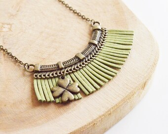 "Necklace ""Suede khaki Crown"""