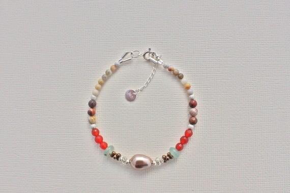 Bracelet fine swarovski stones: Mexican eirdseye ryolite, Carnelian, crazy lace agate, aventurine