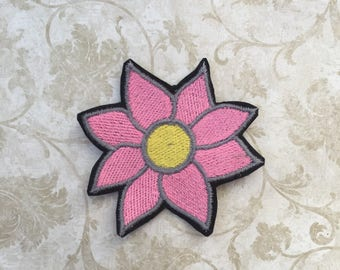Pink Daisy Patch Iron on Patches Flower Patch Embroidered Patch