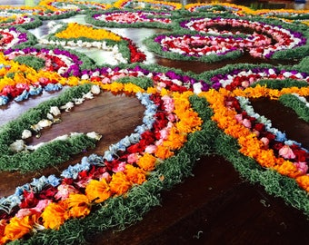 Balinese flower Om