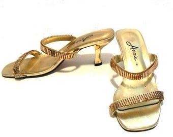 Vintage 1990's Women's Gold Leather Strap Shoes Size 6.5