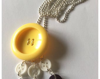 Long and tri-color pendant chain necklace (yellow, white, Navy Blue purplish)-buttons recovered