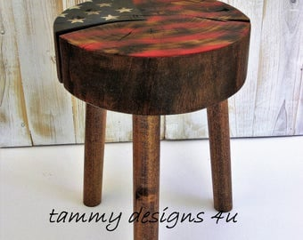 Rustic American Flag Side Table, Outdoor Low Side Table, Americana Plant Stand, Reclaimed Wooden Flag Stand, Woodland Decor, Man Cave Decor