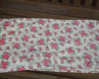 Vintage French faded Red Roses Fabric