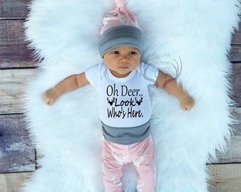 24 HOUR FLASH SALE--25% Baby Girl Coming home Outfit Set,Oh Deer..Look Who's Here, Country,Deer Outfit,Newborn,Light Pink Gray,White,Newborn
