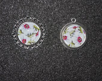 Flowers white cabochon pendant and ring set