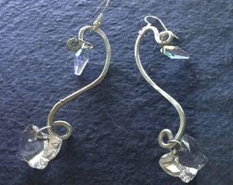 Orecchini alluminio con swarovski a cono e farfallina