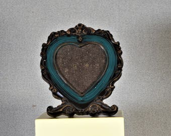"3 1/2"" x 3 1/2"" Heart Shaped Photo Frame Green Plastic"