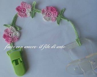 Chain door pacifier with pink flowers