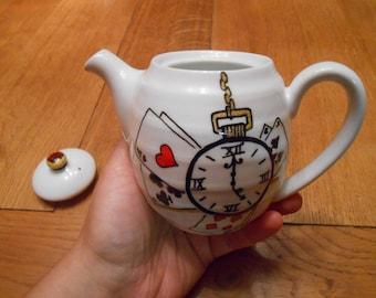 Teapot for 1 - Alice's Adventures in Wonderland