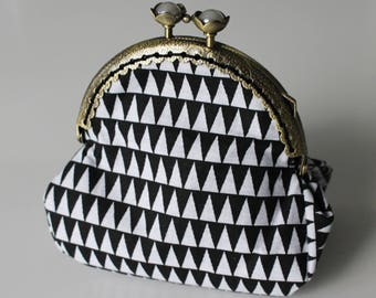 Purse retro graphic black and white