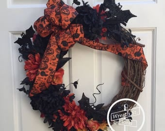 Halloween Wreath, Fall Wreath, Black Wreath, Orange Wreath, Front Door Wreath, Wreath Street Floral, Grapevine Wreath, Bat Wreath, Wreaths