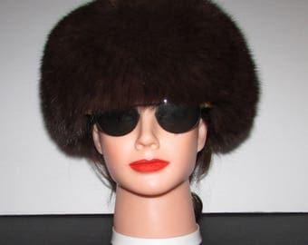 "Superbe chapeau de véritable fourrure de  renard brun chocolat/Superbe vintage  real fluffy chocolate brown fox  fur hat     22"""