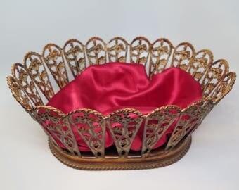 Easter Oval Basket Vintage Centerpiece Metal Large with Red Liner