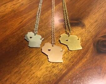 Wisconsin Necklace - Wisconsin - Wisconsin Jewelry - Wisconsin Charm - Wisconsin Pendant - Wisconsin Outline - WI Necklace - WI Jewelry - WI