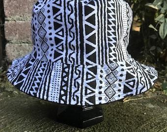 Reversible Black/White Stripes/Triangle 90's Pattern Bucket Hat
