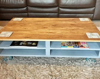 Pallet coffee table, upcycled, rustic, chalk paint