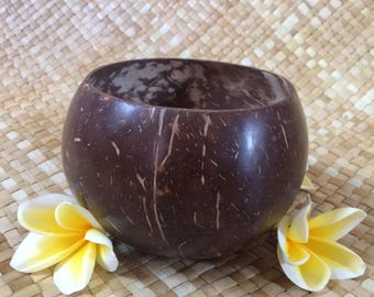 1 Pcs Handmade Natural Coconut Bowl / Smoothie Bowl / Salad and Dessert Bowl / Cereal Bowl / Tropical Bowl / Vegan Bowl / Organic Bowl