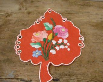 Vintage handmade Hungarian embroidered leaf doily,Kalocsa flower pattern