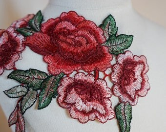Applique sewing chest 18cmx14cm red green flower